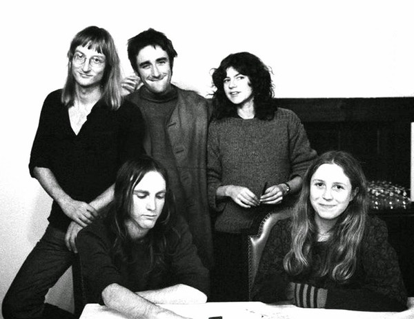 Henry Cow_A-282968-1448317222-8848
